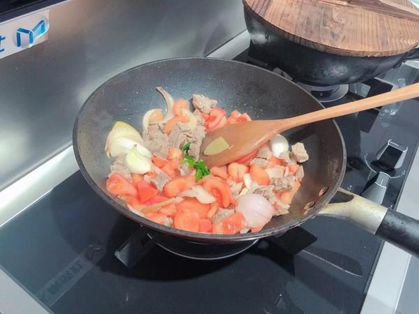 蒸箱版番茄土豆炖牛腩怎么吃