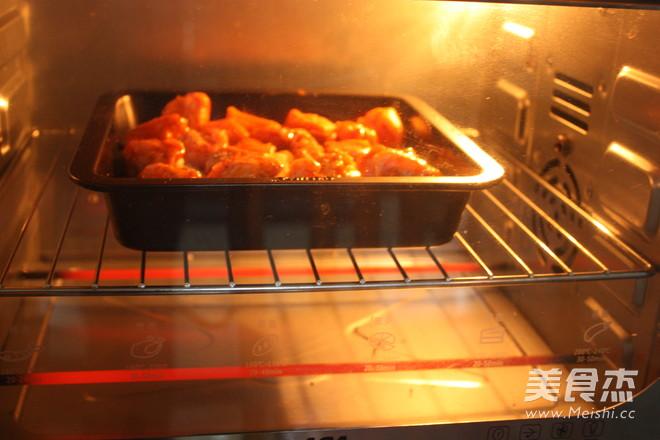 奥尔良鸡翅烤土豆怎么做
