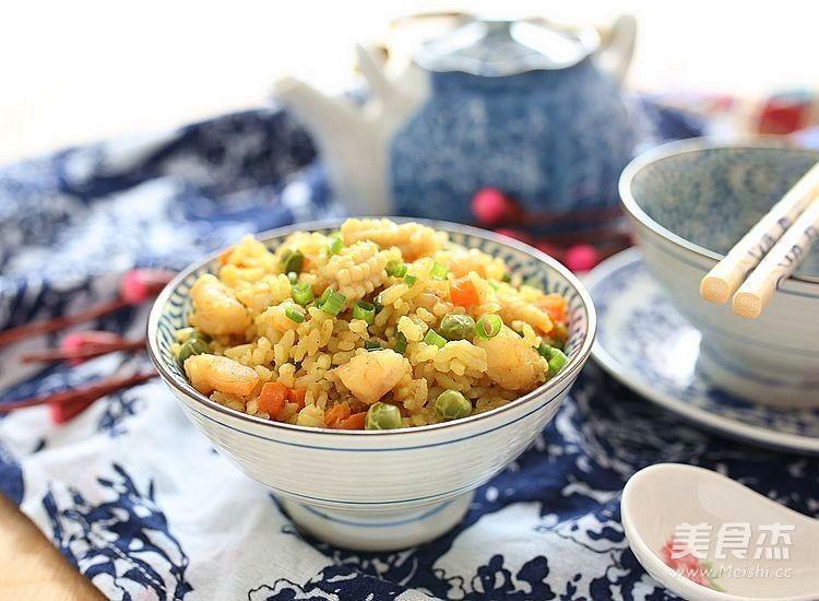 海鲜咖喱饭成品图
