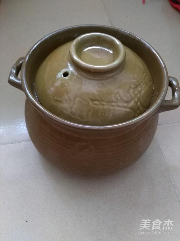 双参当归田七虫草花乌鸡汤的简单做法