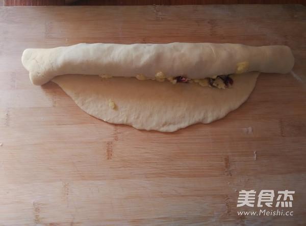 椰蓉蔓越莓花环面包怎样煮
