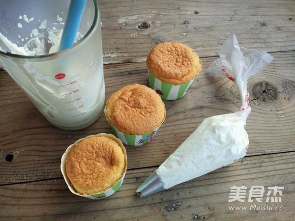 奶油蛋糕杯的制作