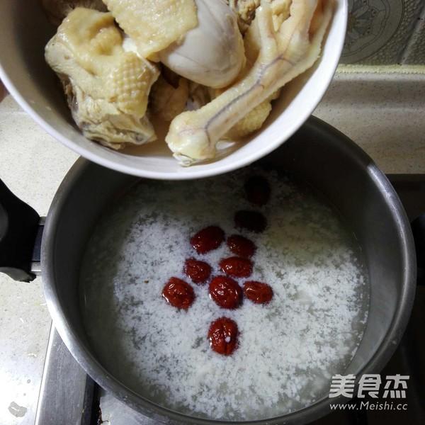 酒酿红枣鸡汤怎么吃