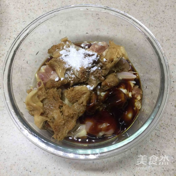 荷香蒸猴头菇鸡腿肉(附如何清洗猴头菇)怎么煮