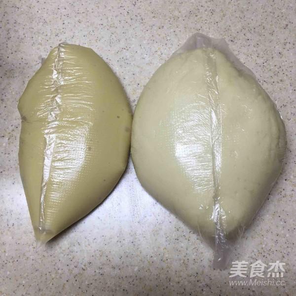 抹茶螺旋苏式月饼的家常做法
