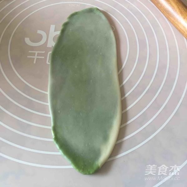 抹茶螺旋苏式月饼怎么做