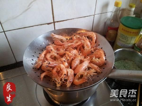 阿婆油爆虾的简单做法