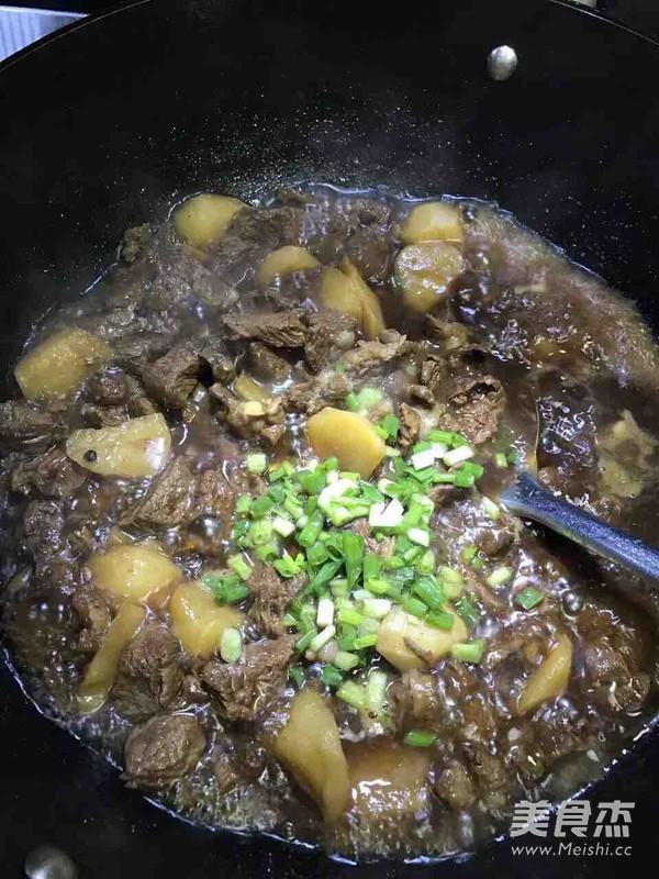 土豆牛腩的做法大全