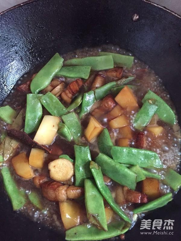 土豆炖油豆角怎么炒