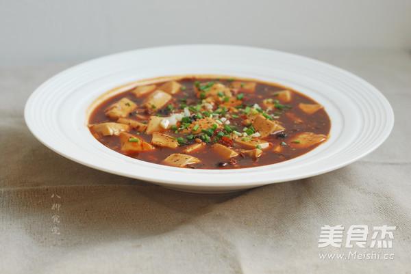 黑牛肝菌麻婆豆腐成品图