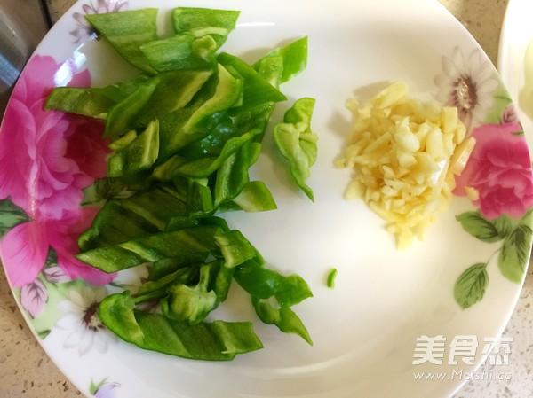 西葫芦炒肉的简单做法