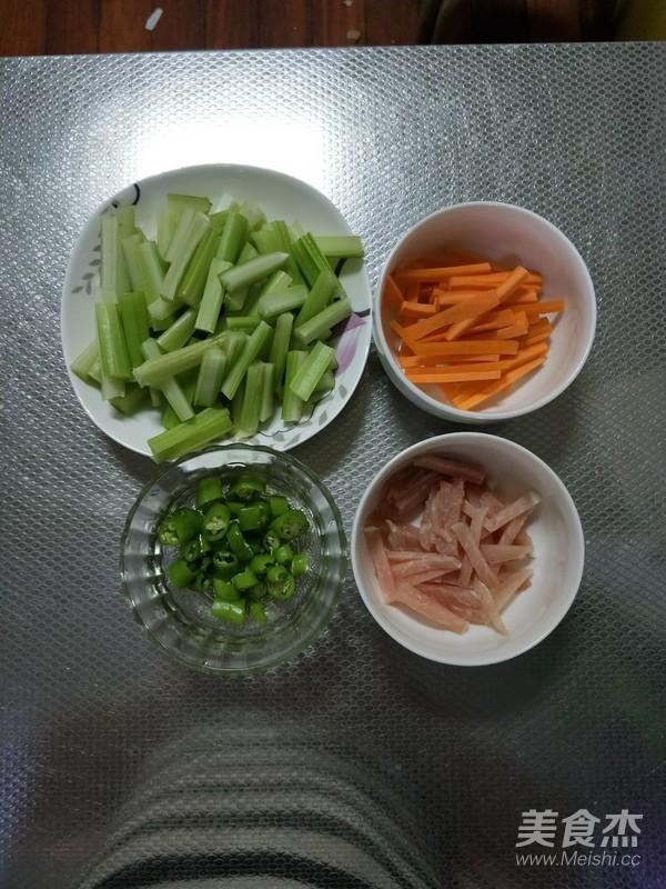 芹菜小炒肉的做法大全
