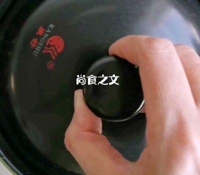 武汉人最爱的排骨藕汤怎样煸