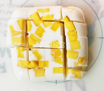 只需几步,做出春天的颜色之芒果奶冻怎样做