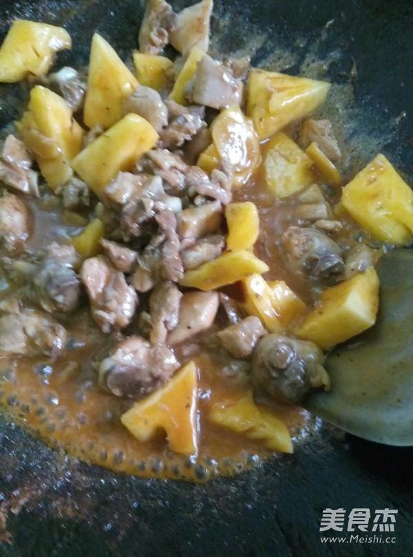 菠萝炒鸡怎么做