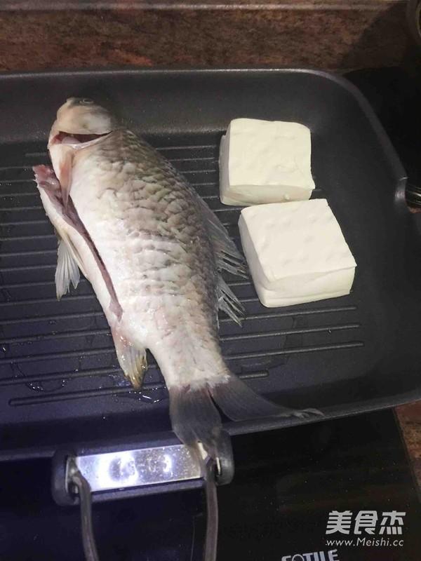 鲫鱼煮的家常做法