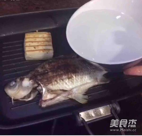 鲫鱼煮的简单做法
