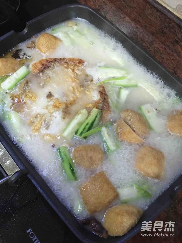丝瓜豆腐泡鱼汤的简单做法