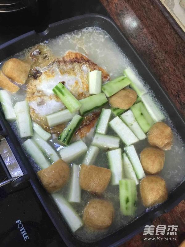 丝瓜豆腐泡鱼汤的家常做法