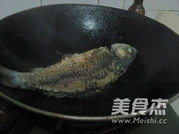 干烧鲫鱼的做法图解