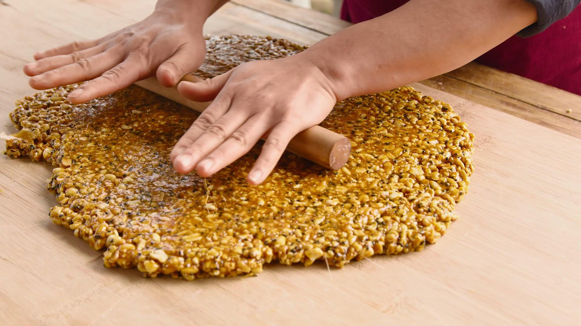 自制小零食【花生糖】,酥脆香甜,制作简单怎么煮