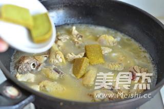 咖喱鸡饺子火锅怎么炒