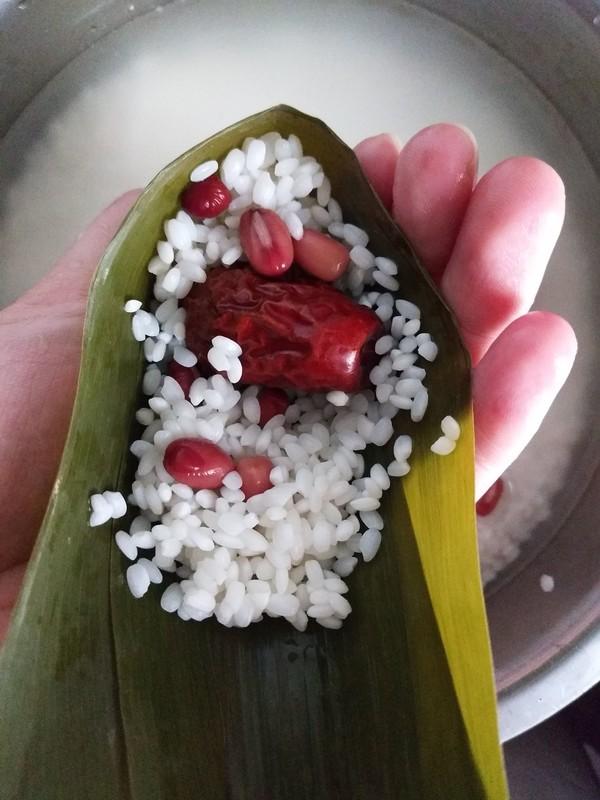 蜜枣红豆粽的简单做法