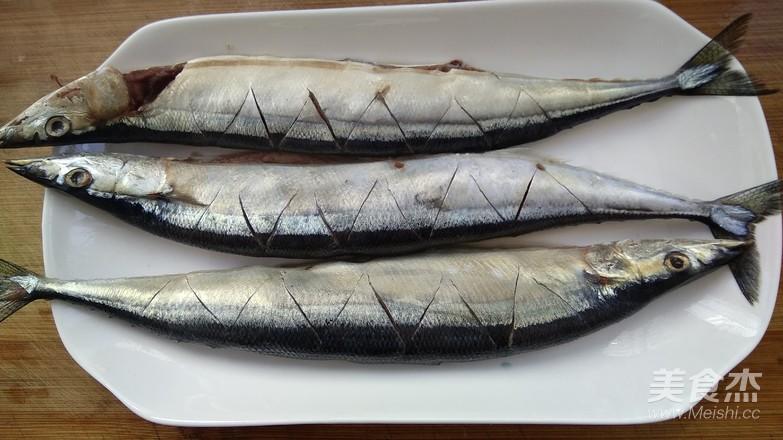 香烤秋刀鱼的家常做法