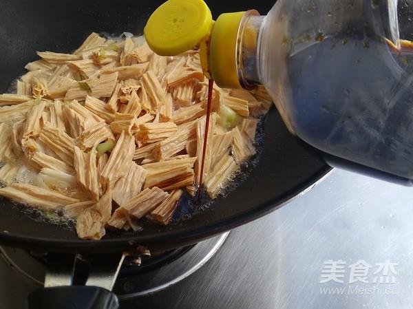 葱烧腐竹怎么炒
