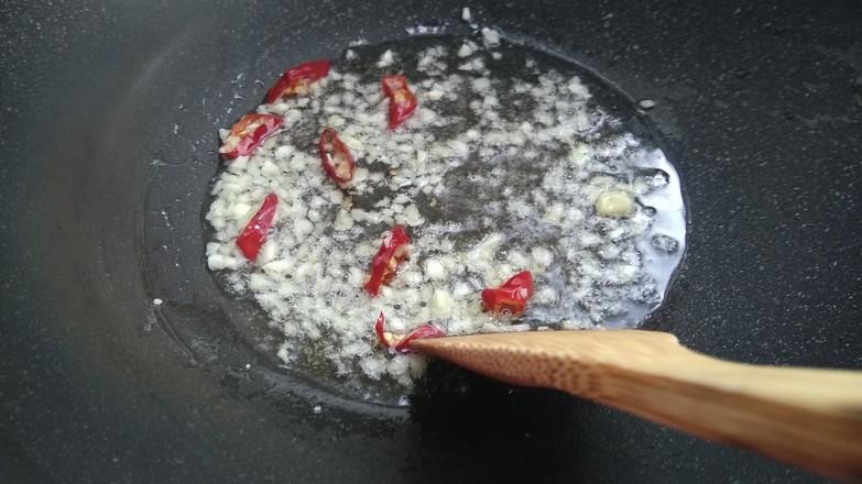 菠菜豆皮炒粉丝的简单做法