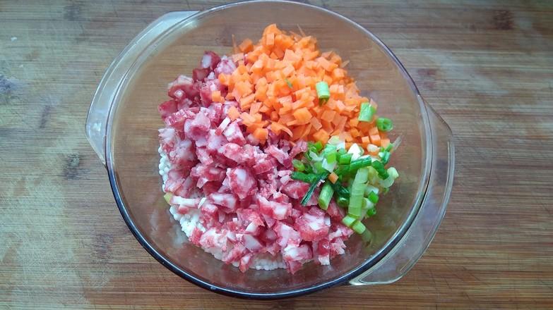 包菜腊肠糯米卷的简单做法
