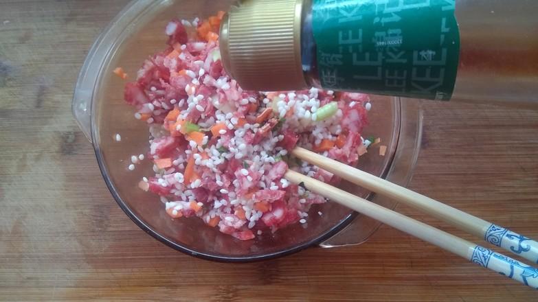 包菜腊肠糯米卷怎么吃