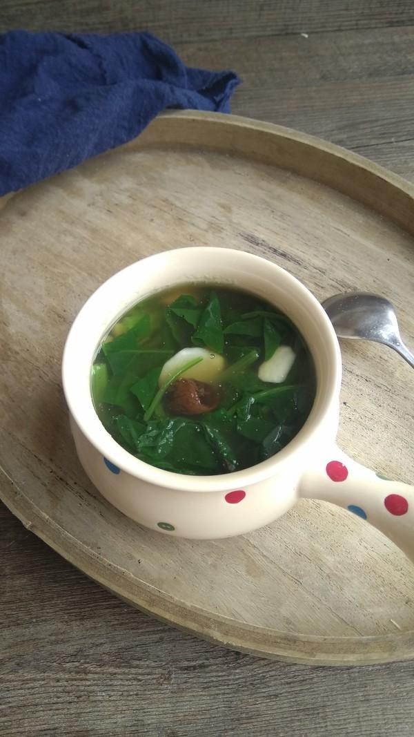 黑蒜山药菠菜汤成品图