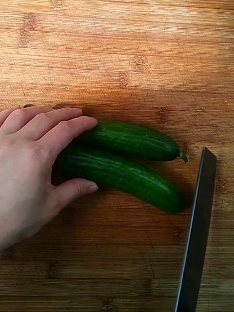黄瓜炒鸡丁的步骤