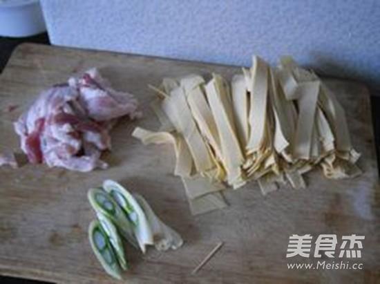 大白菜炖干豆腐的家常做法