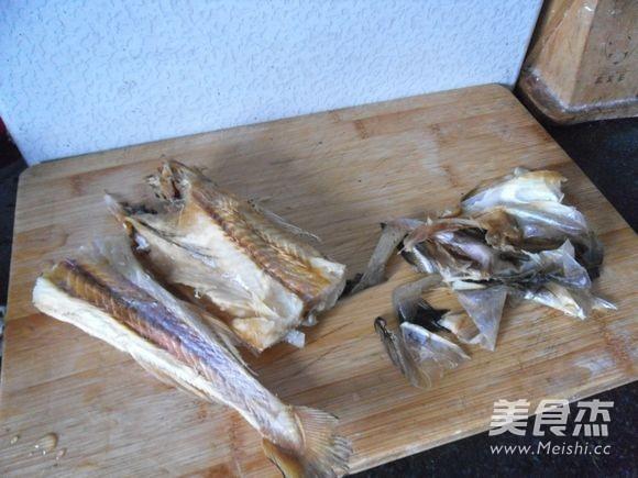 炝拌明太鱼干怎么吃