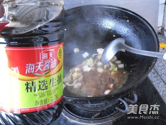 肉皮烧黄豆芽怎么做