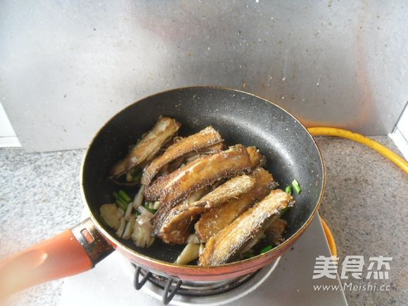 红烧带鱼怎么做