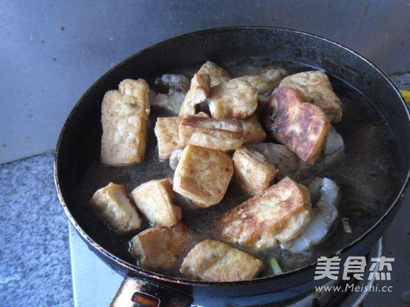 鳕鱼烧豆腐怎么煸