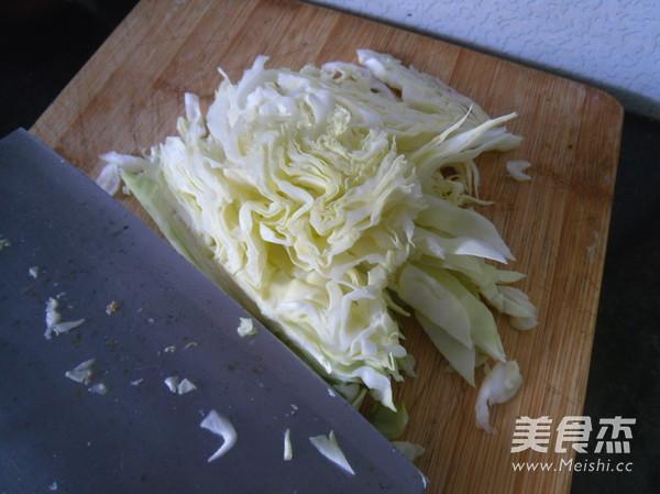 圆白菜炒豆腐干的家常做法