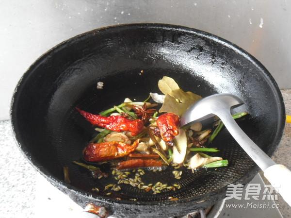 酥香草鱼怎么吃