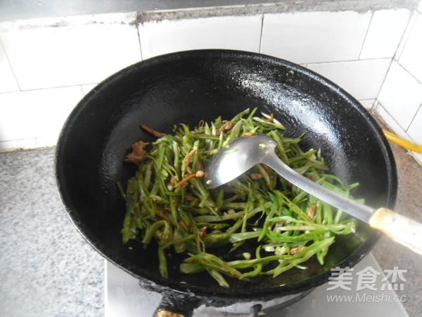 里脊肉炒扁豆丝怎么做