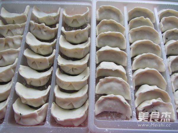 荠菜笋尖猪肉饺怎样煮