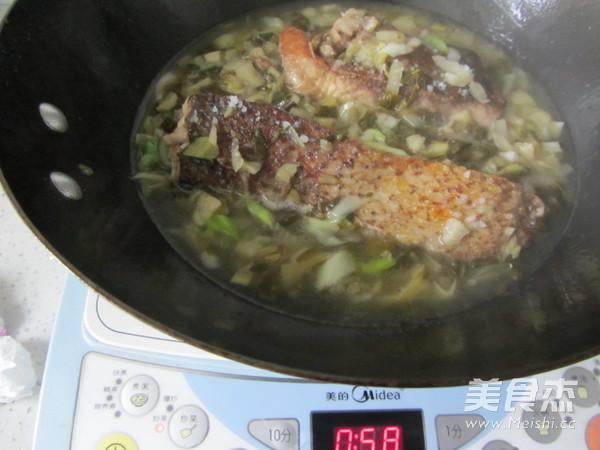 腌白菜烧鱼段怎样煸