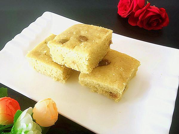 小米蒸糕成品图