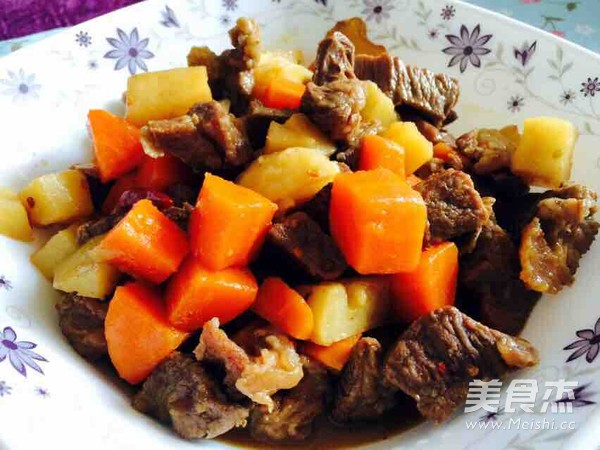 胡萝卜土豆炖牛肉怎么煮