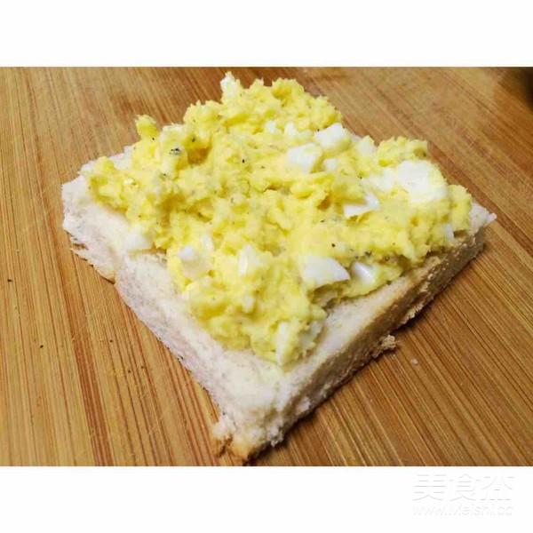 鸡蛋三明治的简单做法