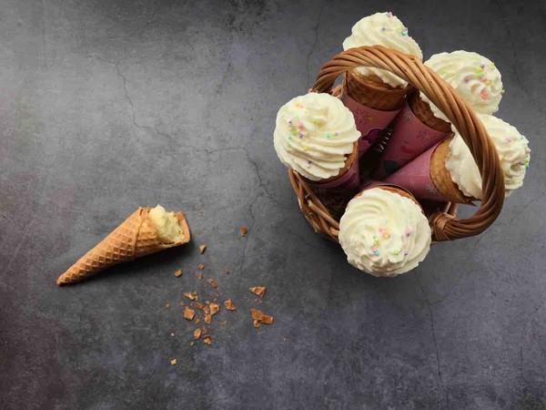 蛋糕冰激凌筒成品图