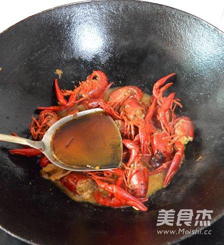 湖南香辣小龙虾怎么煸