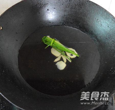 广东白灼虾怎么吃